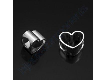 Korálek - srdce, cca 11x9x7mm