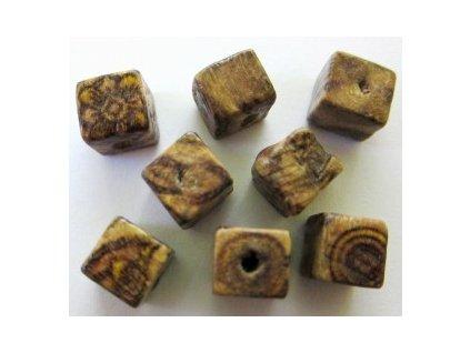 Dřevěné korálky kostka cca 8x8mm(12ks/balení)