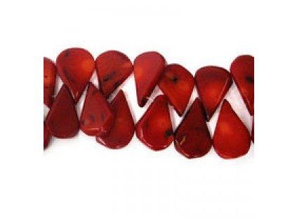 Červený korál - barvený - plochá slza
