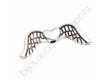 Kovové korálky - křídla se srdcem