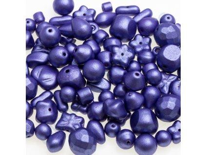 Skleněné mačkané korálky - modro-fialové/barvené, mix tvarů a velikostí
