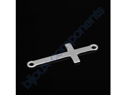 Přívěsek se dvěma spojovacími očky - křížek, cca 23x10mm