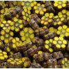 Ploškované korálky - malé kytičky - žluté