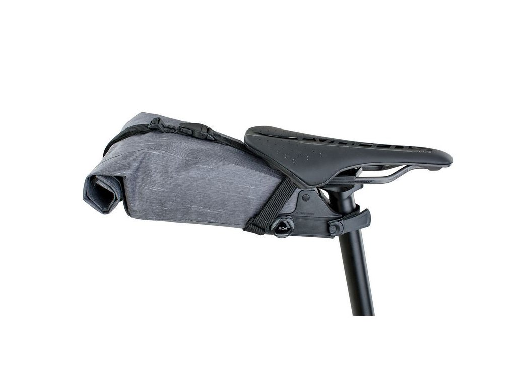 Podsedlový vak EVOC SEAT PACK Boa®, L: 3l, CARBON GREY, 225g