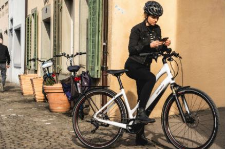 Městské elektrokolo Specialized Turbo Como