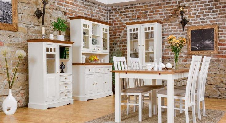 Doplňte svou jídelnu o dřevěný nábytek