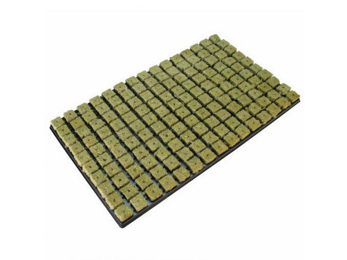 GRODAN sadbovací kostky 25 X 25 X 40mm v sadbovači po 150ks