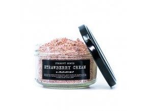 ALMARA SOAP Přírodní scrub Strawberry Cream 140 g - expirace 20.10.2021