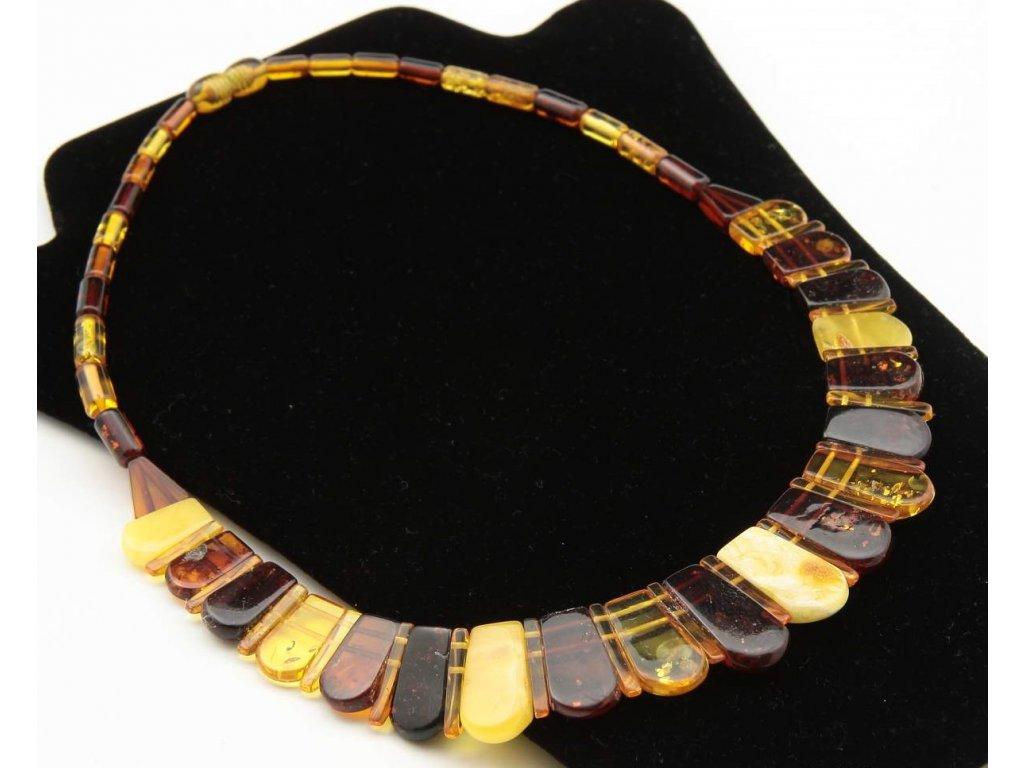 634744352 krasny multi nahrdelnik 44 cm1. Elegantní náhrdelník z pravého Baltského  jantaru.