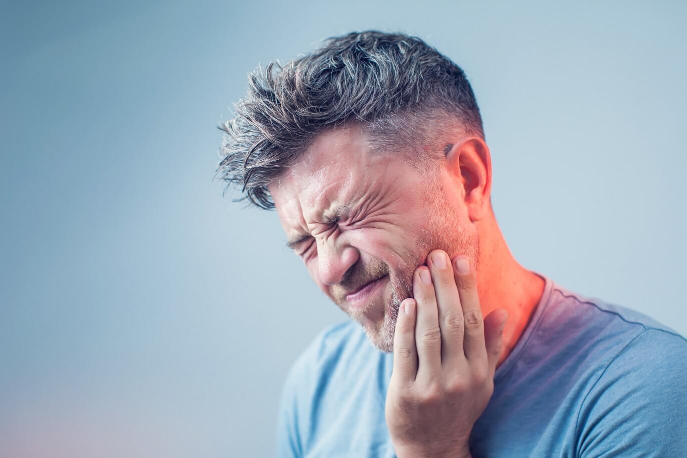 Mŕtvy zub: Príznaky, príčiny a liečba mŕtveho zubu