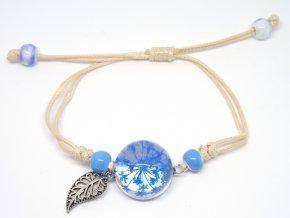 Náramek se zalisovanou květinou - modrý