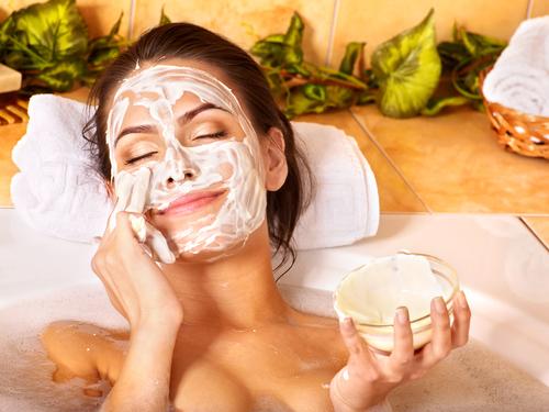 Prírodná kozmetika je účinná v boji s vráskami