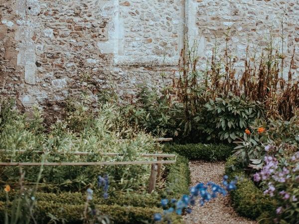 Logr pro zahradu