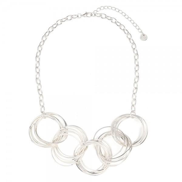 Strieborný náhrdelník s prepojenými kruhmi