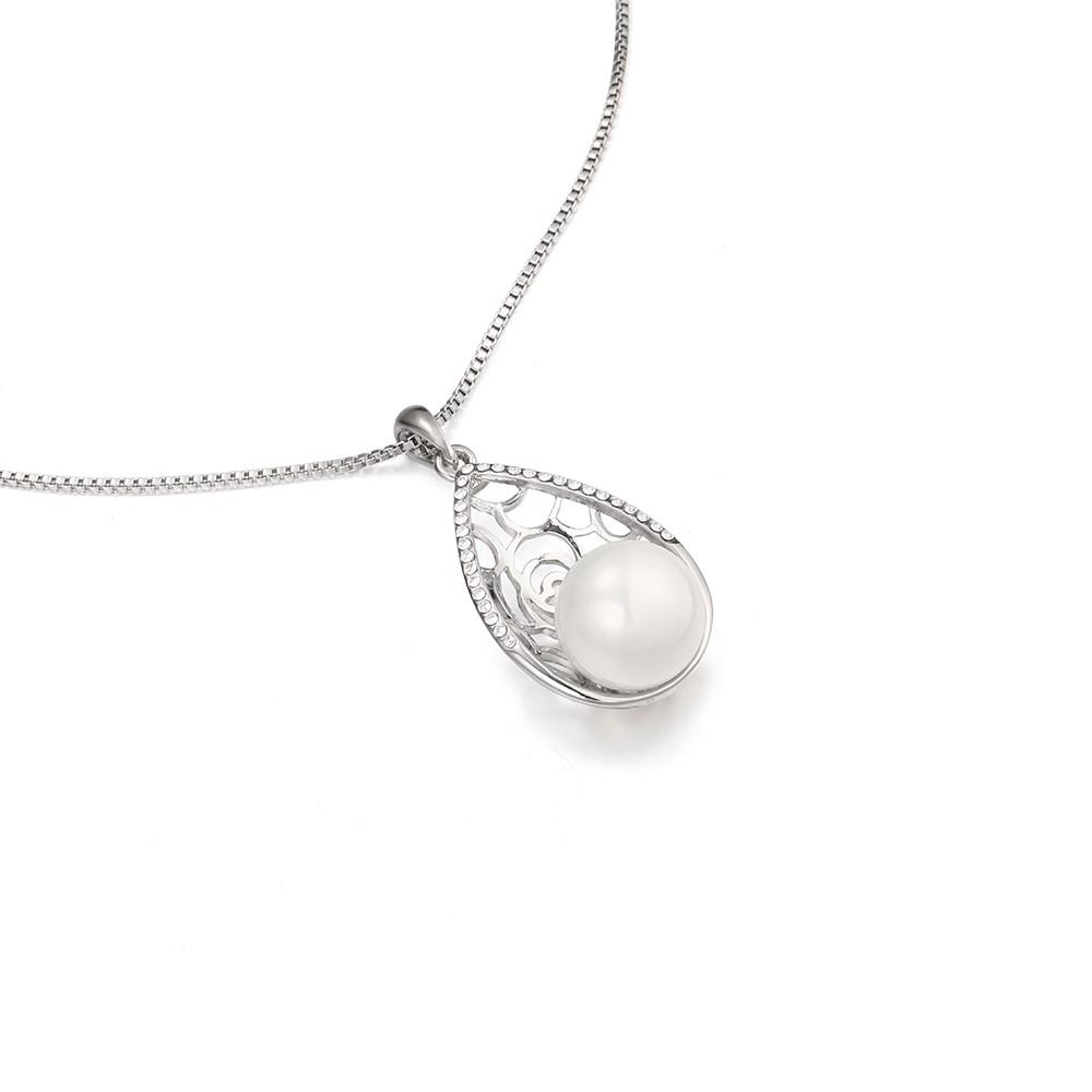 Strieborný perlový set v tvare slzy