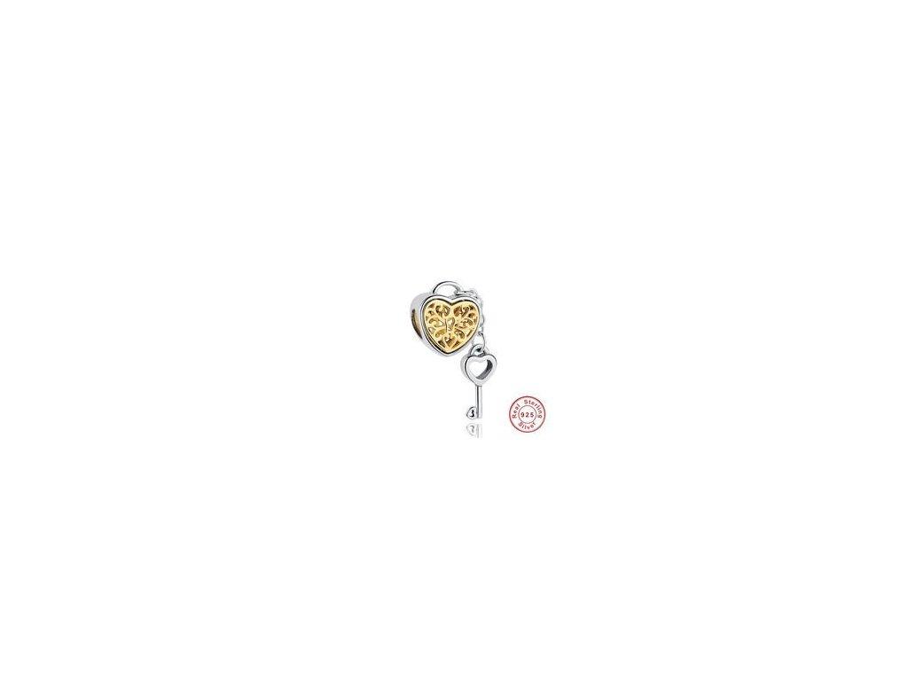 1723 strieborna 925 koralka styl pandora srdce s klucikom