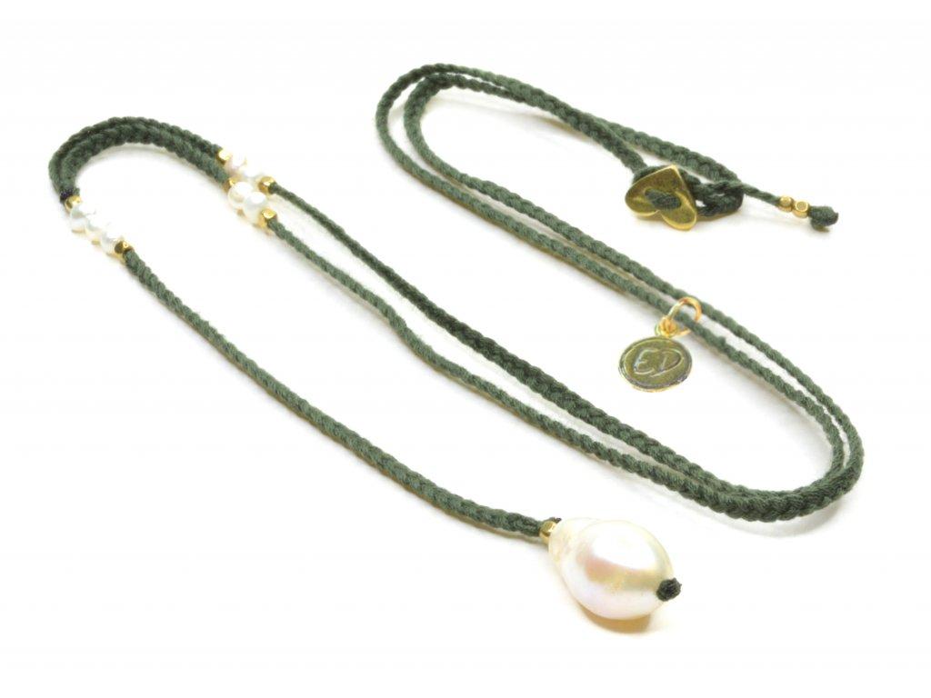 Dámsky ručne pletený náhrdelník s perlou - olivový