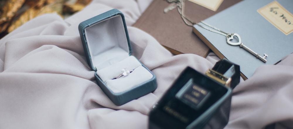 Ako nakupovať šperky z drahých kovov