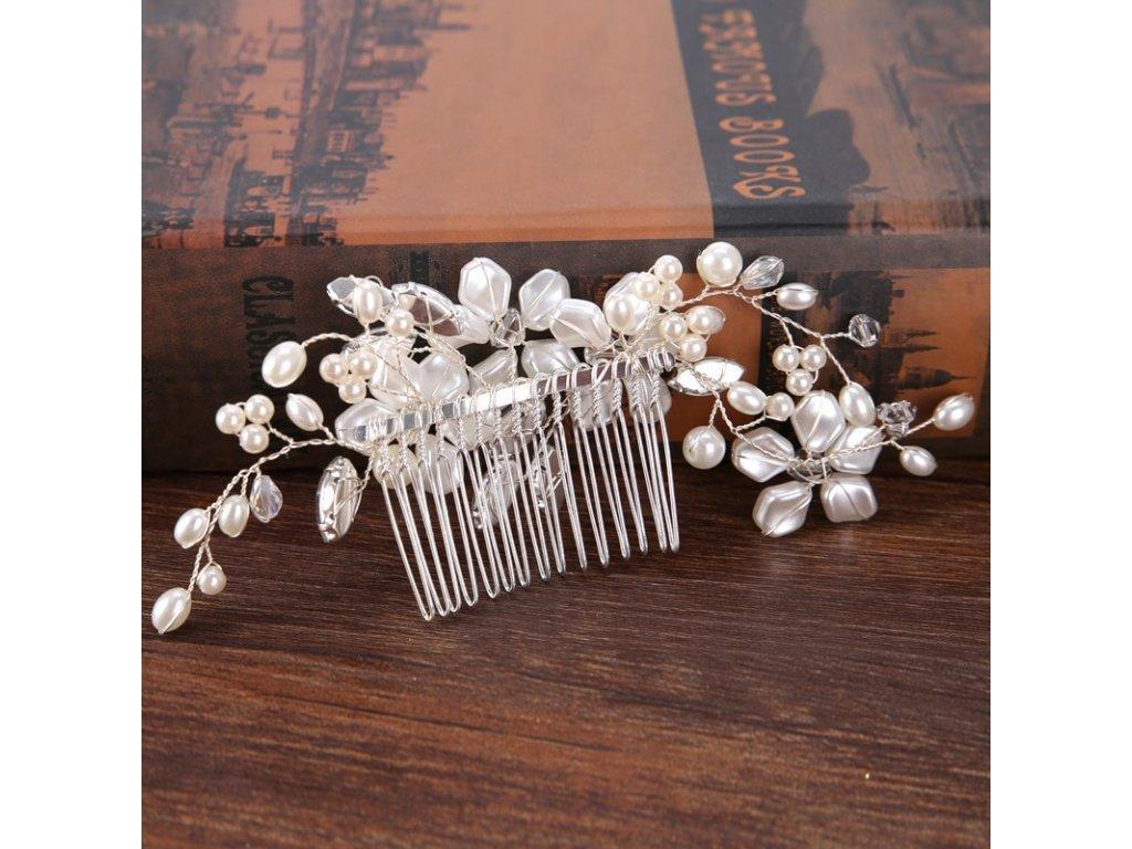 dbe95663278 Svatební hřeben do vlasů KVĚT - bílá stříbrná - Bižuterie TOP CZ