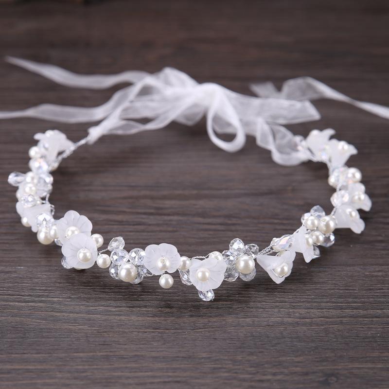 fa905728ff6 B-TOP Luxusní čelenka do vlasů BÍLÝ KVĚT - stříbrná bílá