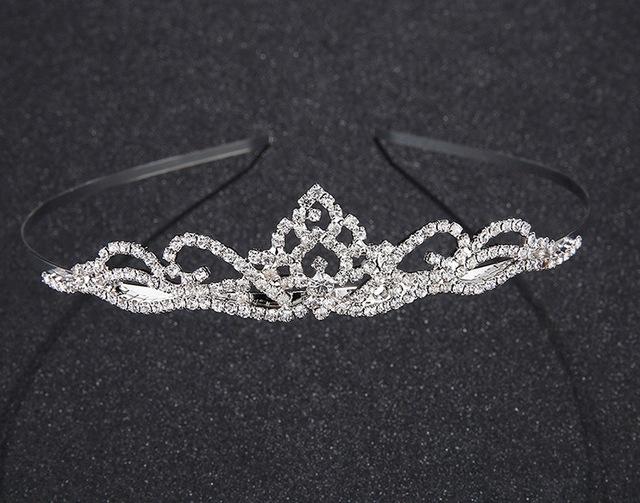 9d151554f58 B-TOP Luxusní korunka do vlasů CLASSIC QUEEN - stříbrná