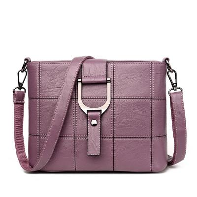 2ef19c392e B-TOP Dámská luxusní kabelka přes rameno z PU kůže - světle fialová