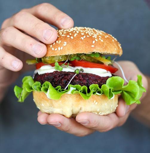 Stojí vegan burgery Black Kale za ochutnání?
