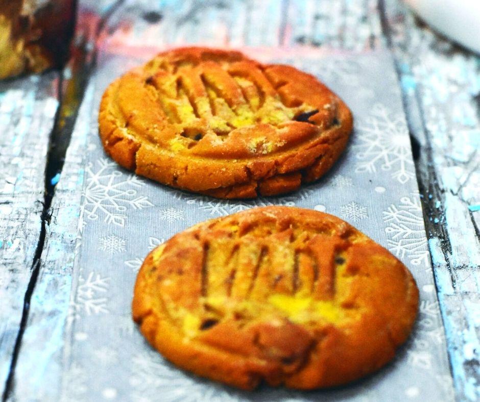 Cizrnové sušenky s arašídovým máslem a čokoládou