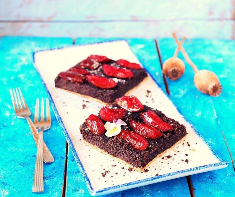 Poctivý makovo švestkový koláč