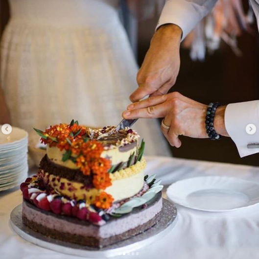 Úžasný dvoupatrový dort!! Daniel + Andrea - Vražené u Hranic