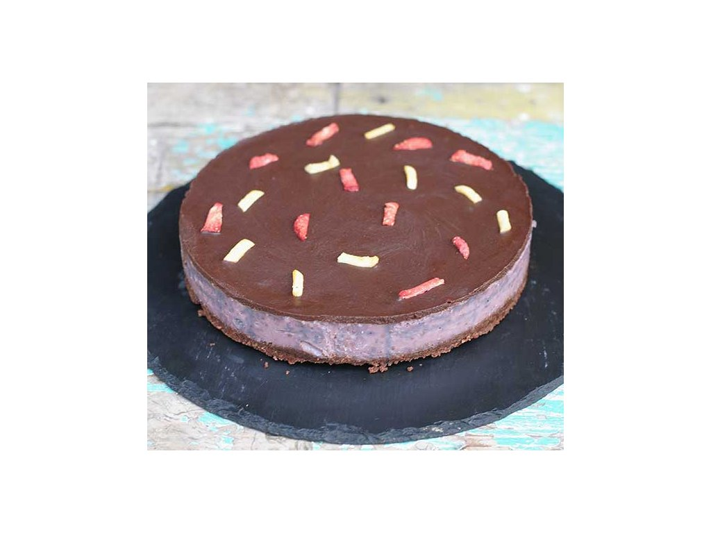 malinovy narez raw dort