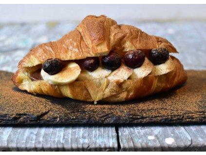 Croissant s nutelou a borůvkami produkt
