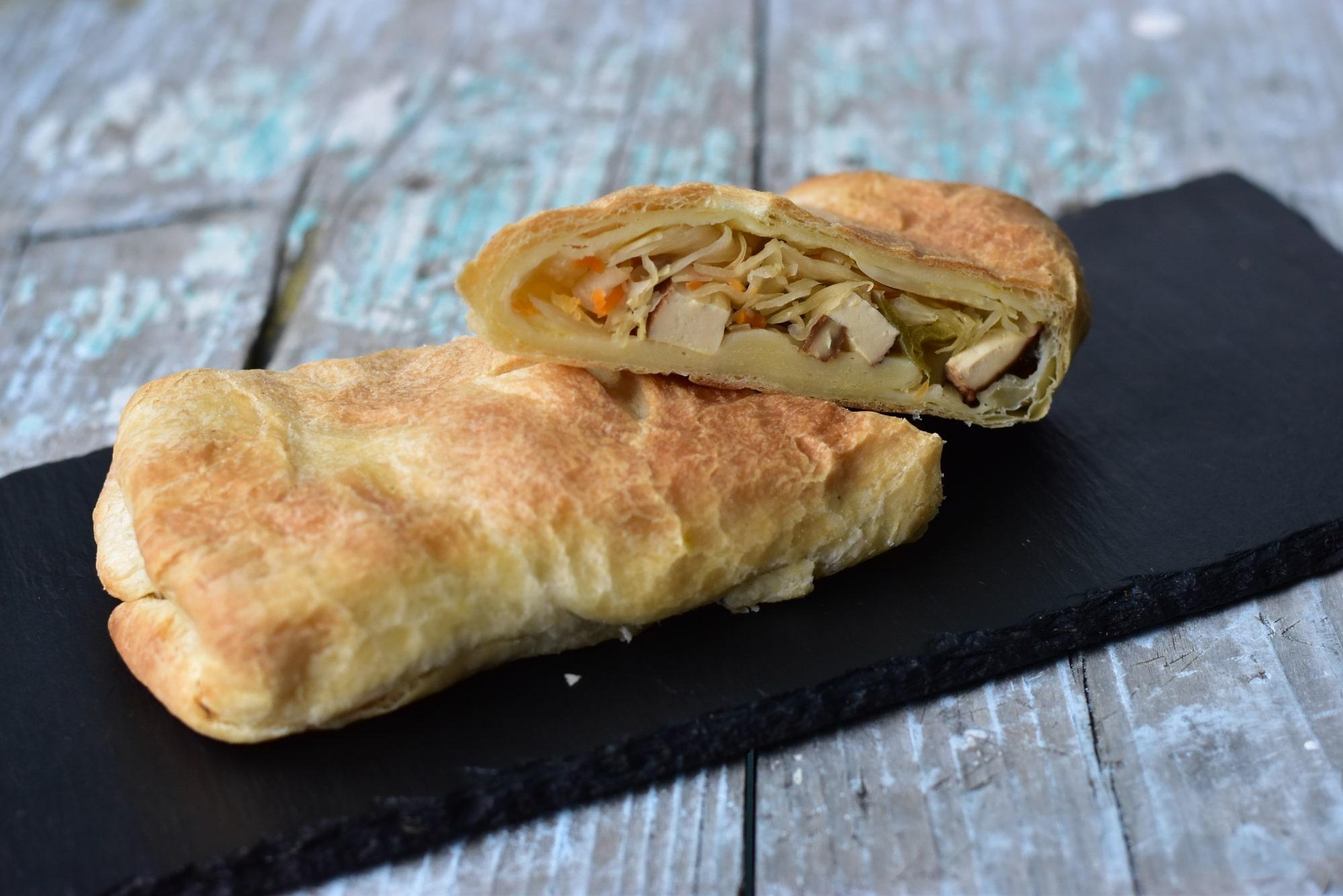 Black Kale s.r.o. Vegan slané kapsičky z listového těsta - různé druhy (5ks) Příchuť: Tofu VALAŠSKÝ