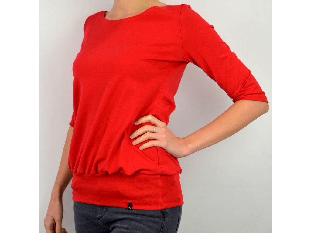 Tričko podkasané červené