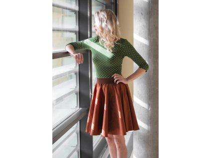 Kolová sukně pírka