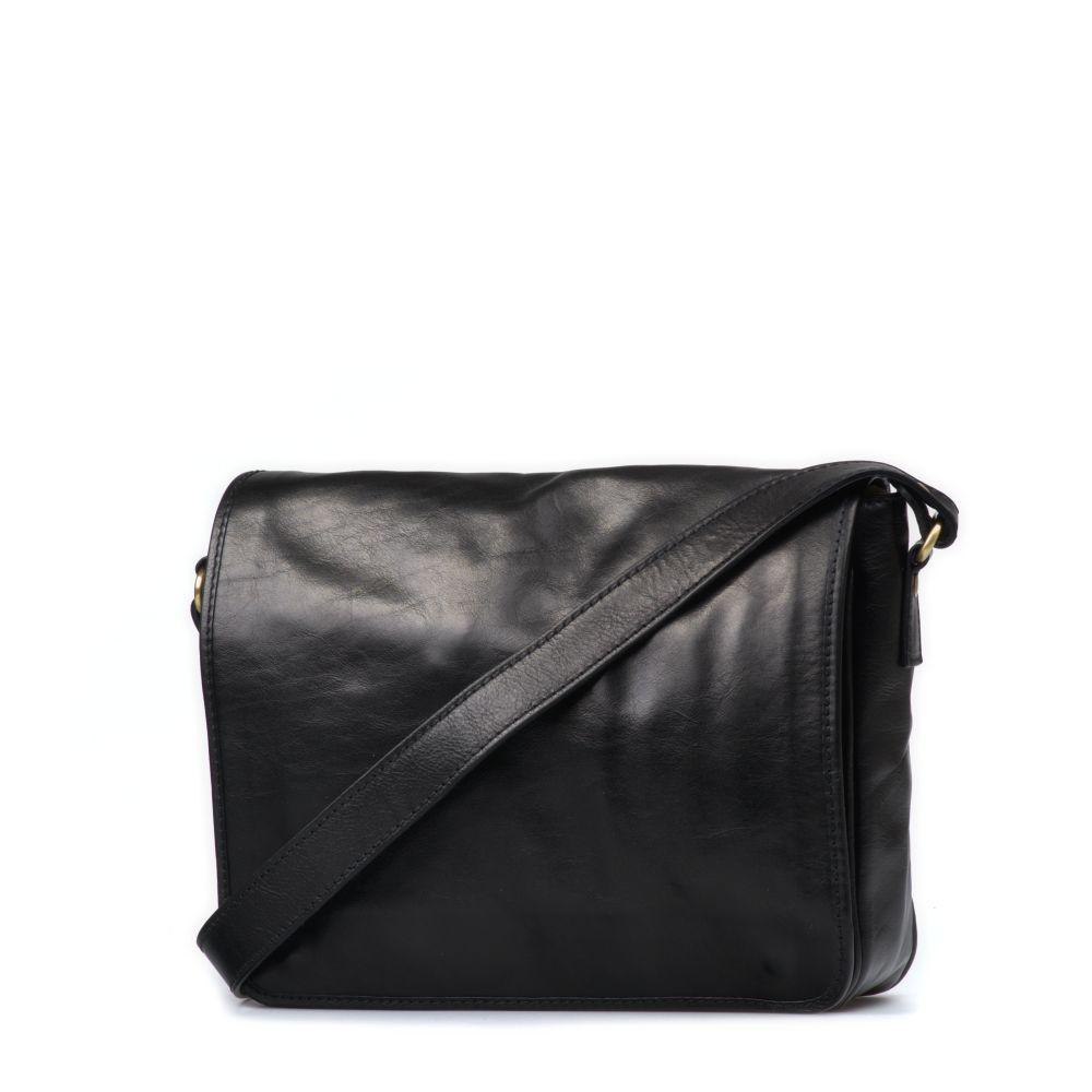 Černé tašky
