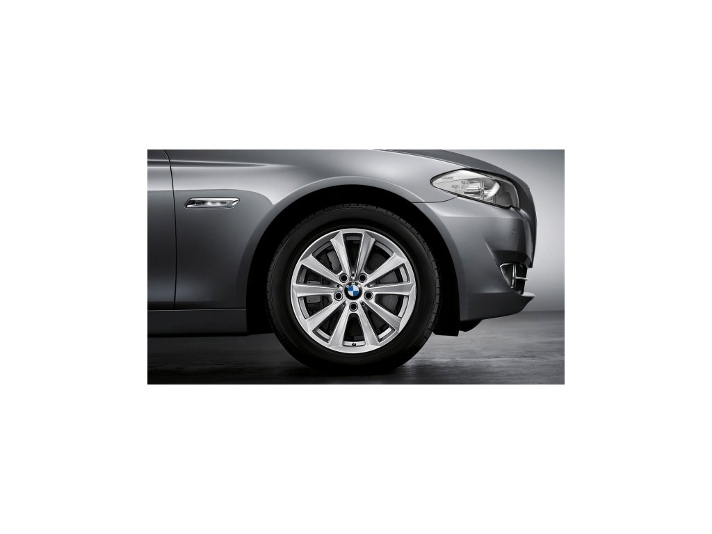 Zimní sada alu kola BMW F10 STYLING 236 8x17 5/120 ET30 s pneumatikou 225/55 R17 97H a čidel tlaku RDC