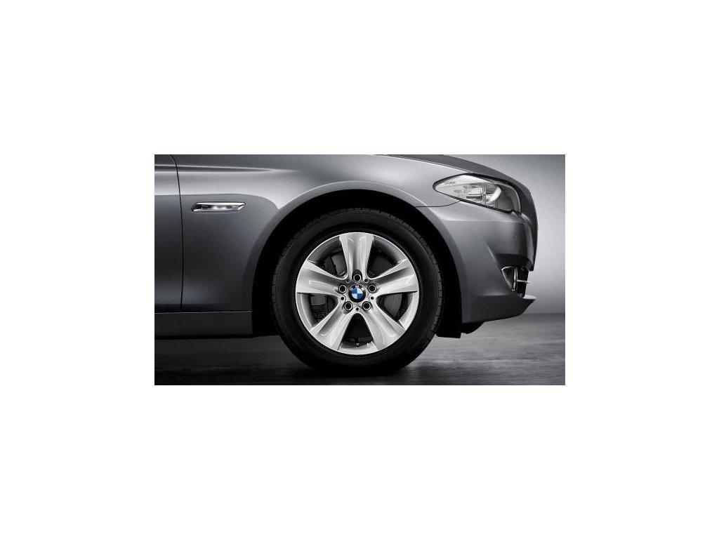 Zimní sada alu kola BMW F10 STYLING 327 8x17 5/120 ET30 včetně zimních pneumatik 225/55 R17 97H Goodyear Ultra Grip Performance 2*