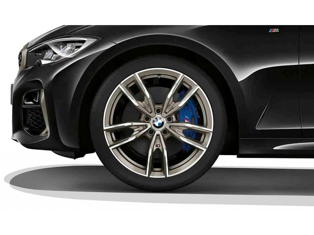 Originální letní sada BMW 3 G20 a BMW 4 G22 STYLING M792 v rozměru 8x19 ET27 a 8,5x19 ET40 včetně pneumatik 225/40 R19 93Y XL a 255/35 R19 96Y XL Pirelli P Zero* RSC a čidel tlaku RDCi.