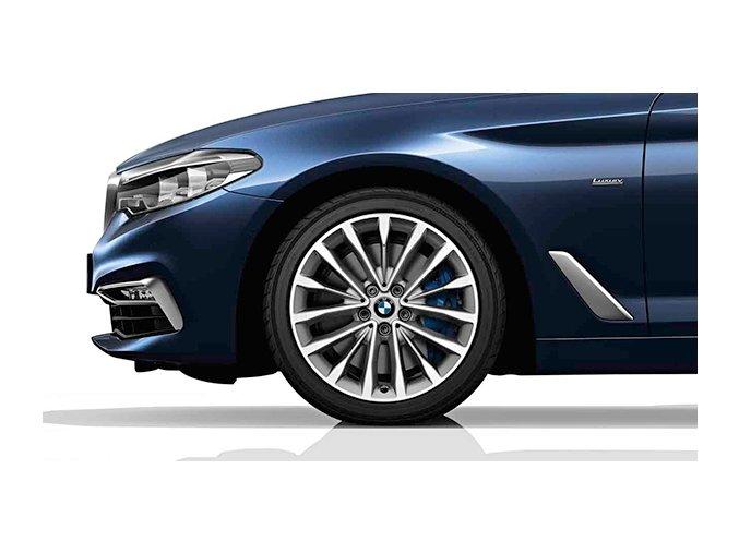Zimní sada alu kola BMW 5 G30 STYLING 632 8x18 5/112 ET30 včetně zimních pneumatik 245/45 R18 100V XL GOODYEAR Ultra Grip 8 Performance* MOE