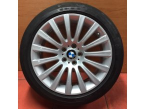 Letní sada BMW F01 STYLING 235 8,5x19 5/120 ET25 a 9,5x19 5/120 ET39 s pneumatikou 245/45 R19 a 275/40 R19 Michelin