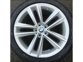 Zimní sada BMW 7 G11 STYLING 630 8,5x19 5/112 ET25 včetně zimních pneumatik 245/45 R19 102V Pirelli