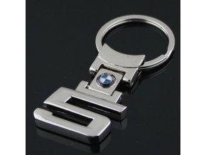 přívěšek BMW řady 5