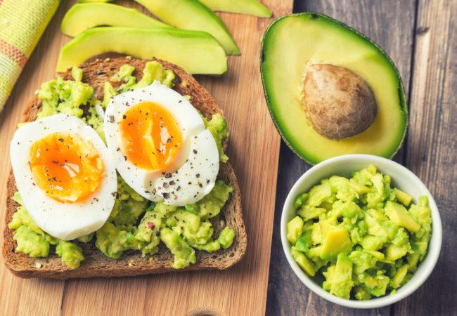 BreakfastAvocadoEggToast-650x450