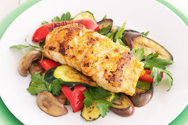 spiced-fish-with-barbecued-vegetable-salad-28119-1