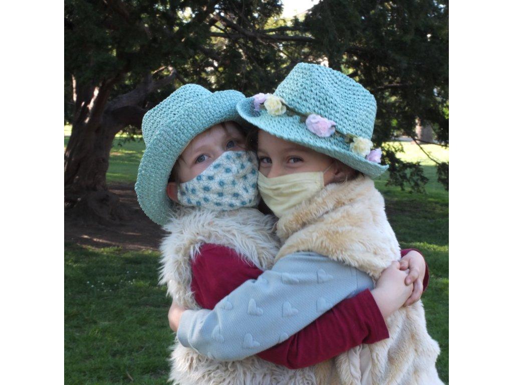 Dětský klobouk TONAK / květinový věneček / tyrkysová modrá