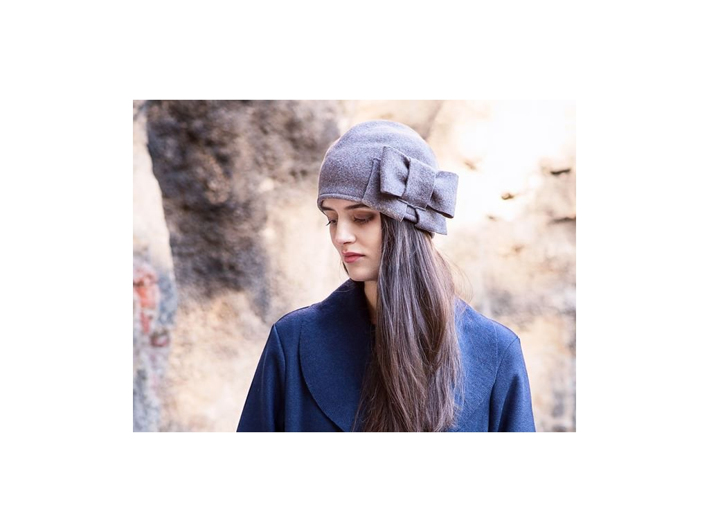 Čepice dámská s Mašlí BOW hat klobouk Bohemania šedá