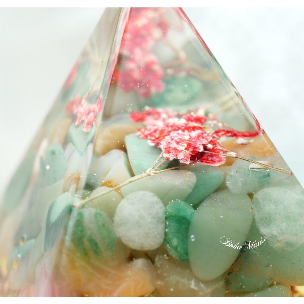 orgonit pyramida Louka fluorit amazonit,jaspis,karneol,resin art,epoxy