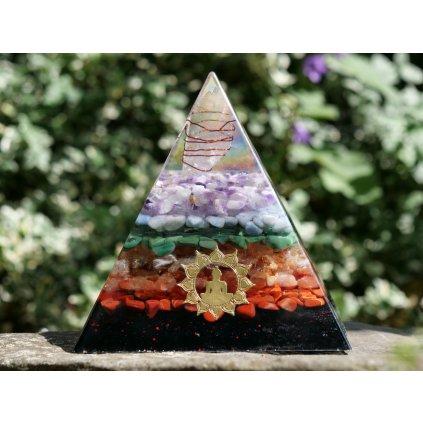 orgonit, čakrová pyramida