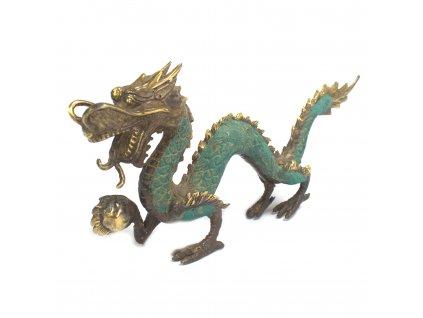 stredny drak s loptou (2)